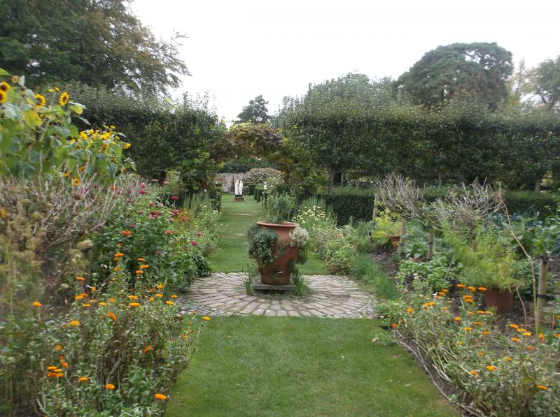 Awesome Pashley Manor House Gardens 20 September 2018 Lalg Download Free Architecture Designs Rallybritishbridgeorg